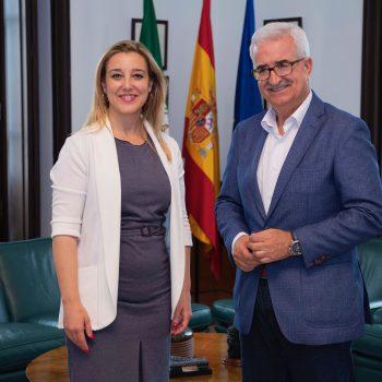 18.06.11 Vcepresidente. Reuníon con alcaldesa de Alcalá. 1