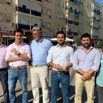 Ricardo Tarno y el concejal del PP Pedro González