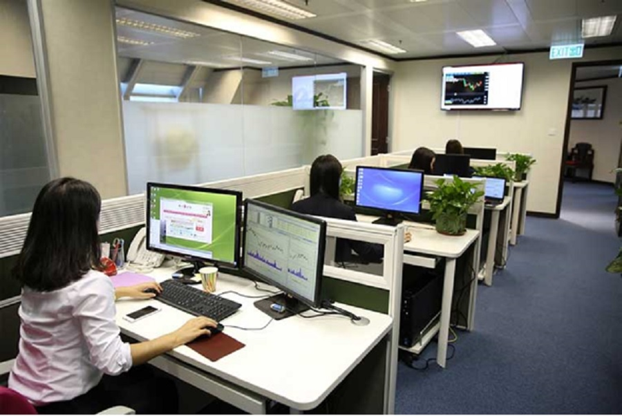 Cómo-eliminar-malos-olores-en-oficinas-y-centros-de-trabajo-con-ozono