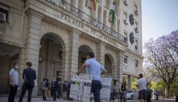 """Sevilla.- Tribunales.-Litigio por la """"responsabilidad empresarial"""" de la muerte de un empleado atropellado en Santiponce"""