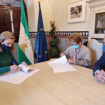 Sevilla.- Ayuntamiento Alcalá subvenciona con 5.882 euros actividades del centro de adultos Diamantino García Acosta