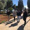 Alcaldesa y delegado de Servicios Urbanos en visita a parque hermanos Machado