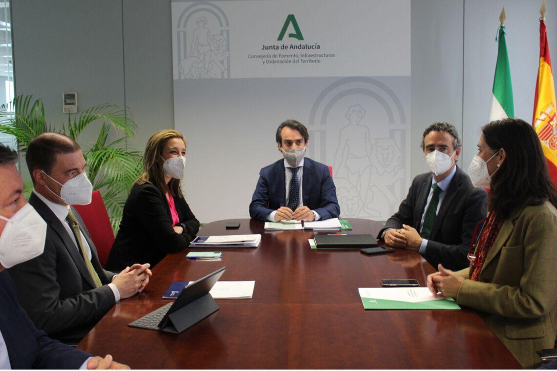 ayuntamiento-y-junta-de-andalucia–coordinan-actuaciones-para-la-mejora-de-la–a-392
