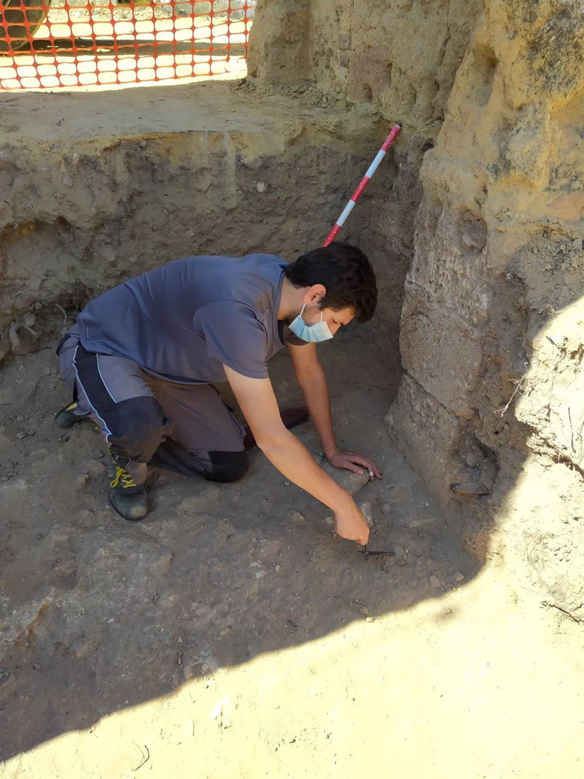 Sevilla.- Ayuntamiento Alcalá Guadaíra acomete el estudio arqueológico de Torre Mocha como previo a su rehabilitación