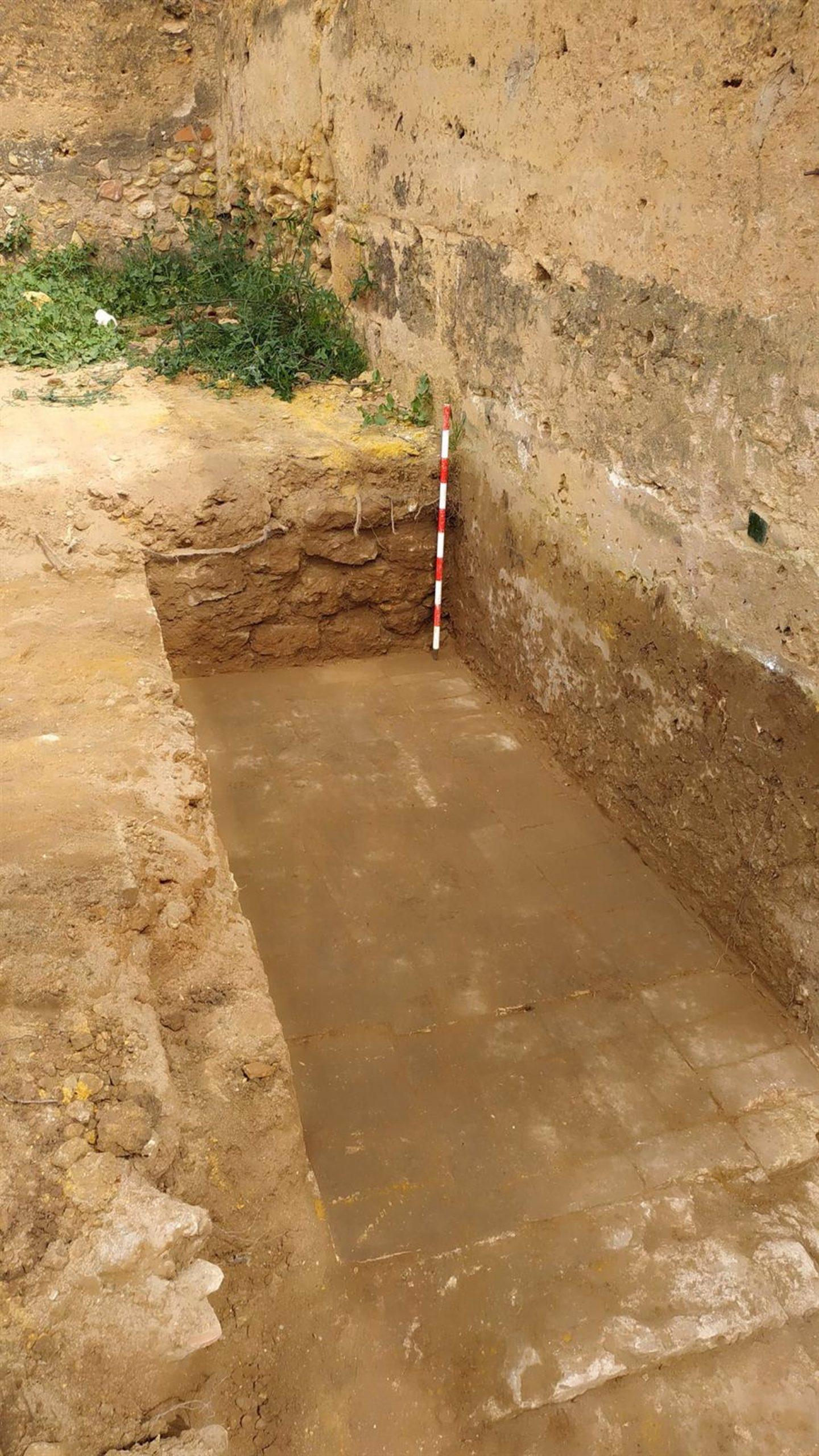Sevilla.- El estudio arqueológico de Torre Mocha del Castillo de Alcalá descubre estancias y pavimentos bajomedievales