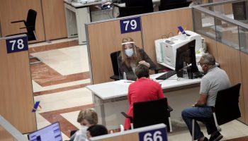 Sevilla.- Sucesos.- Investigado un varón por apropiarse del dinero de las declaraciones de renta de 21 personas
