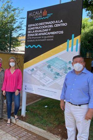 Delegada Igualdad (I), Ana Vannreau, Alcaldesa, Ana Isabel JIménez, delegado de Servicios Urbanos, José Antonio Montero