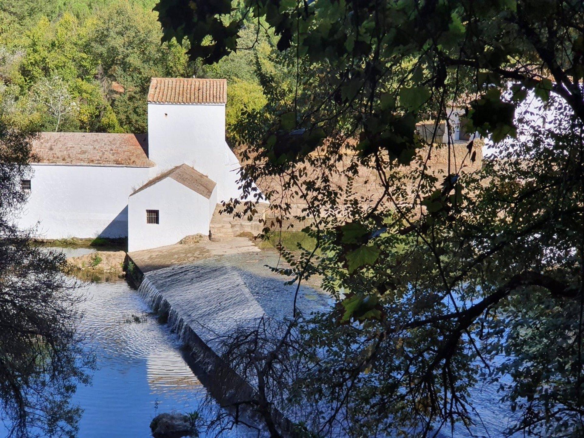 Molino Benarosa en la riberas del río Guadaíra, en Alcalá de Guadaíra (Sevilla).