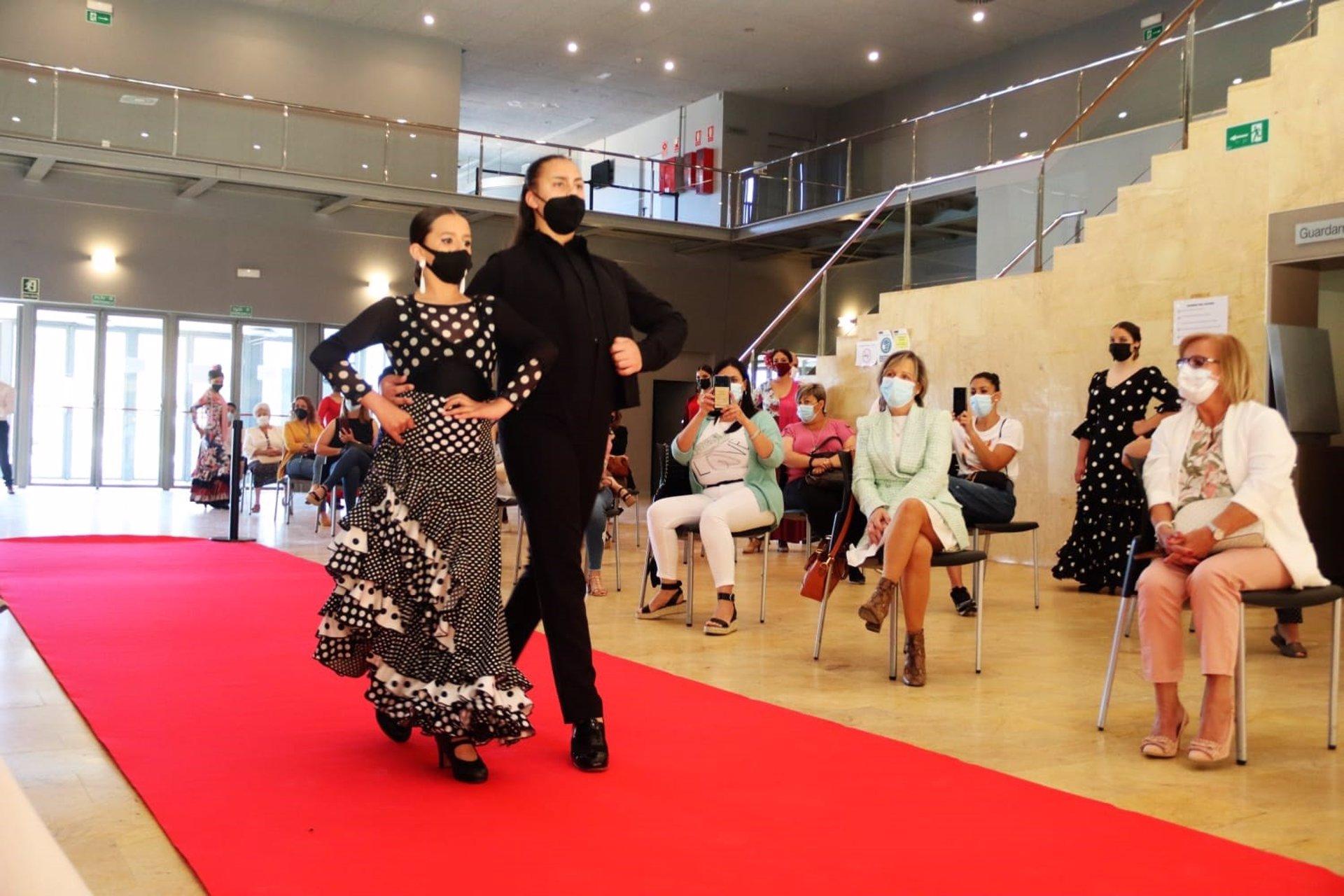 Salón Nacional de la Danza y Moda de Sevilla, en foto de archivo