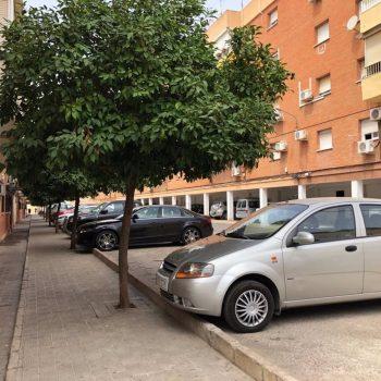Sevilla.-Contigo.- Alcalá de Guadaíra mejora varias calles de Rabesa con nuevos pavimentos, accesos y saneamientos