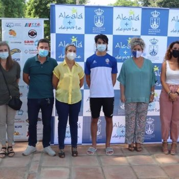 Sevilla.- Cvirus.- Nadadores recaudan fondos en Alcalá para la Fundación Vicente Ferrer y apoyar a India