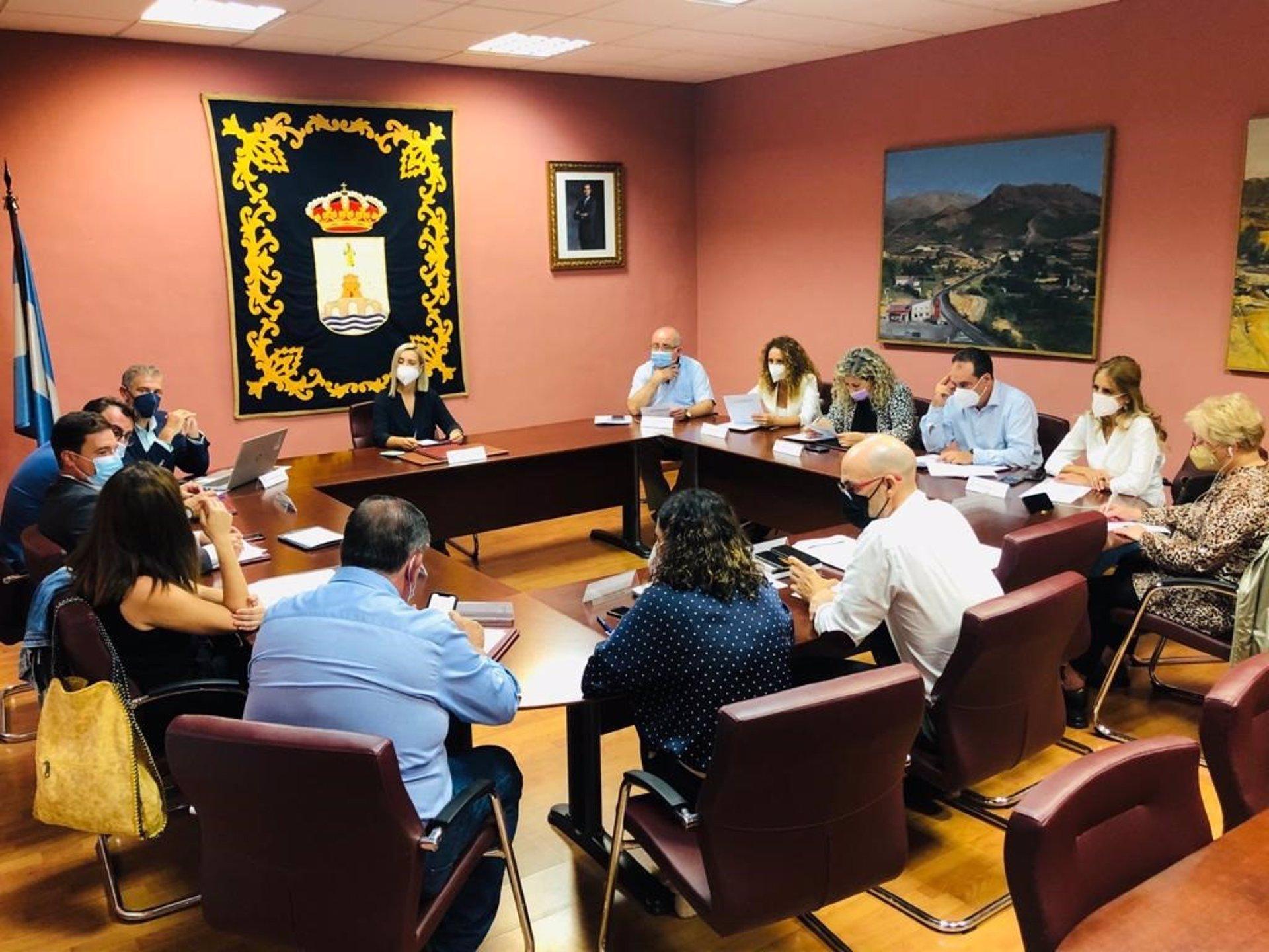 Sevilla.-Convenio con Emasesa para las obras de saneamiento y redes de la calle La Mina en Alcalá por un millón