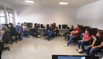 El proyecto de fomento del empleo Relanza-T ha comenzado con la impartición de dos itinerarios formativos.